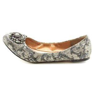 VINCE CAMUTO Metallic Parissa Flats Size 6 1/2
